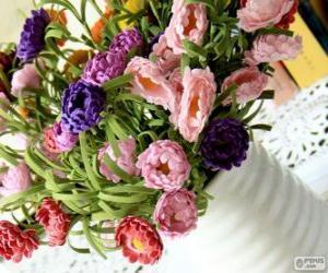 Vase mit einem großen Blumenstrauß puzzle