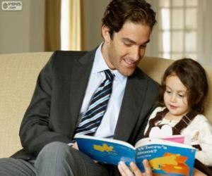 Vater lesen, um seine Tochter zu helfen puzzle