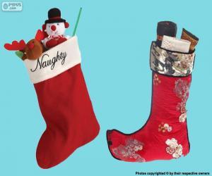 Weihnachten Strümpfe mit Geschenken innen puzzle
