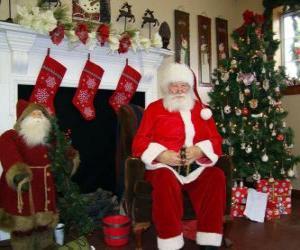 Weihnachtsmann sitzend vor dem Kamin puzzle