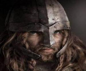 Wikinger gesicht mit schnurrbart und bart und einen helm puzzle