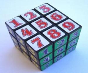Zauberwürfel mit nummern puzzle