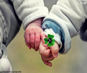 Zwei Hände des Babys puzzle